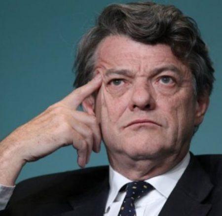 Jean-Louis Borloo présente plan national de développement des énergies renouvelables